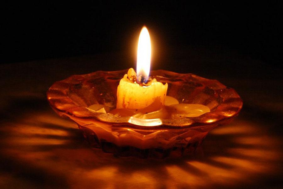 Как горит свеча